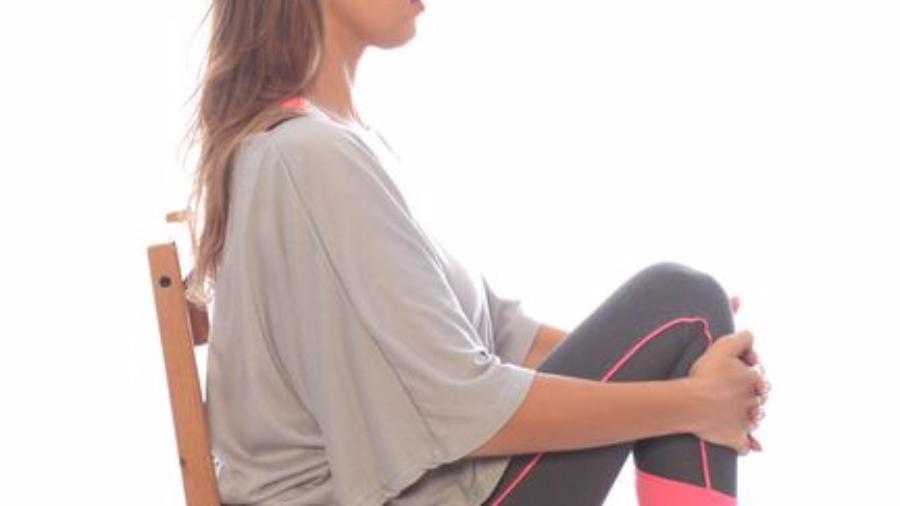 תרגיל לגב תחתון בישיבה